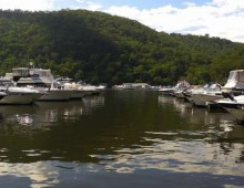Boat Hire Sydney On The Hawkesbury River Berowra Waters