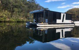 Astoria Houseboat